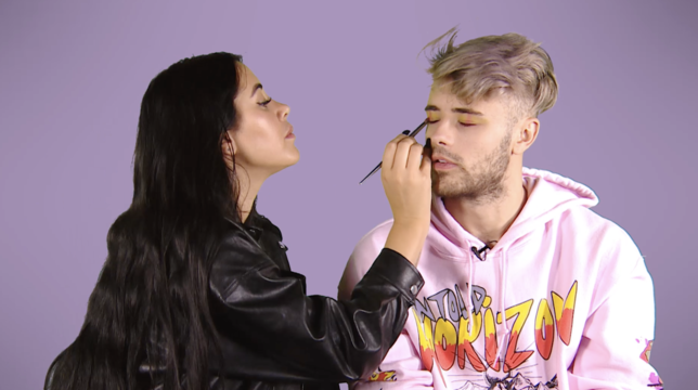 Marnie Simpson Offers Casey Johnson A Stout Face Of Makeup And The Results Are Unreal thumbnail