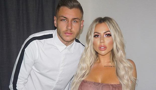 Holly Hagan Shares Screenshot Of Her First Ever Texts With Jacob Blyth thumbnail