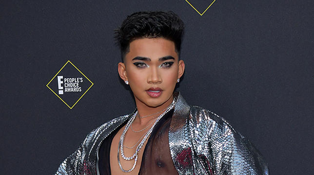 YouTuber Bretman Rock Calls Out Fans Who Asked For Pics At His Dad's Funeral