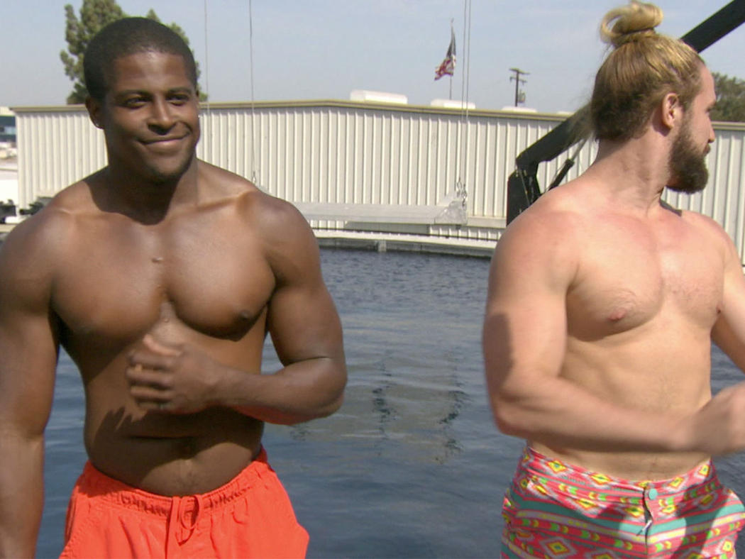 Here are some sneak pics from the premiere episode of Fear Factor