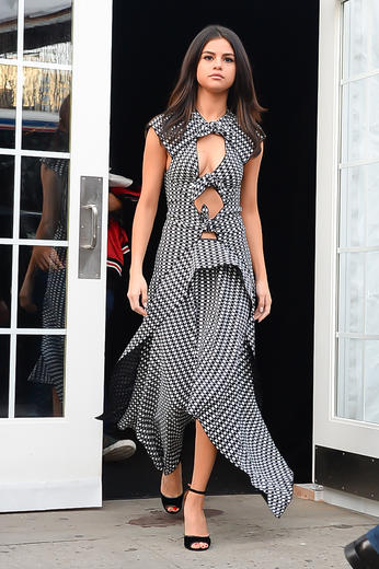Selena Gomez ultimate summer style moments