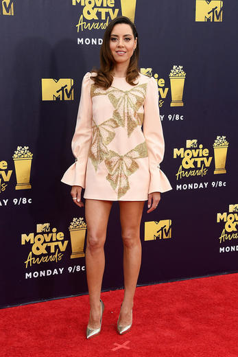 All the outfits from the 2018 MTV Movie & TV Awards red carpet