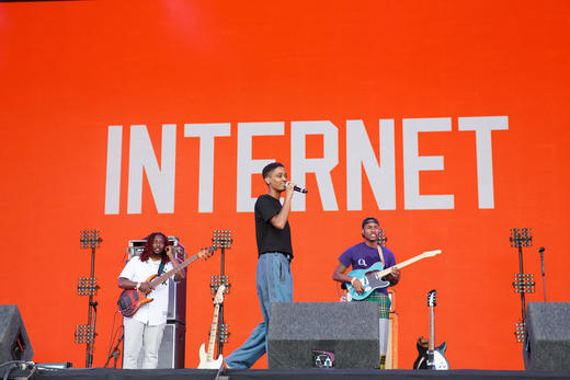 The Internet performing at Lovebox 2018.
