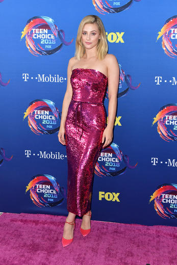 Teen Choice Awards 2018 best dressed including the cast of Riverdale.