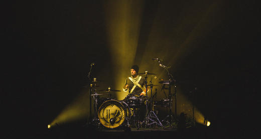 twenty one pilots perform in London.