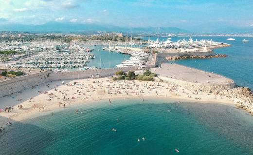 38a10380a Our Guide to Living the Celebrity High Life on the French Riviera ...