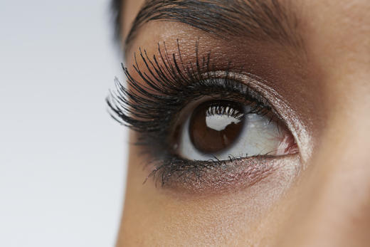 What Happened When I Tried An Eyelash Lift To Speed Up My
