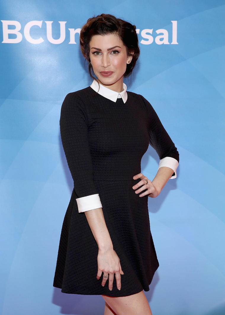 Youtube star stevie ryan dies age 33 as ex boyfriend drake bell stevie first found fame through her youtube series little loca later working on a sketch series and more recently co hosting a podcast about depression kristyandbryce Images