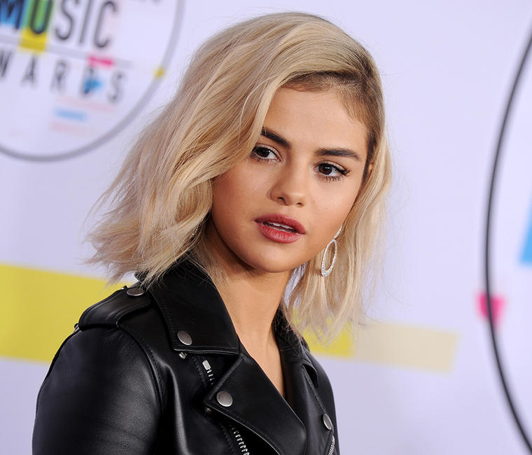 Selena Gomez Looks Completely Different As She Debuts Platinum