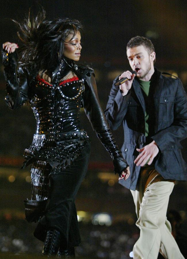 Janet Jackson and Justin Timberlake perform at the 2004 Super Bowl halftime show