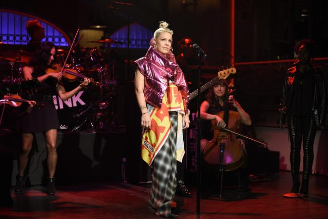 P!nk performing on Saturday Night Live on October 14, 2017