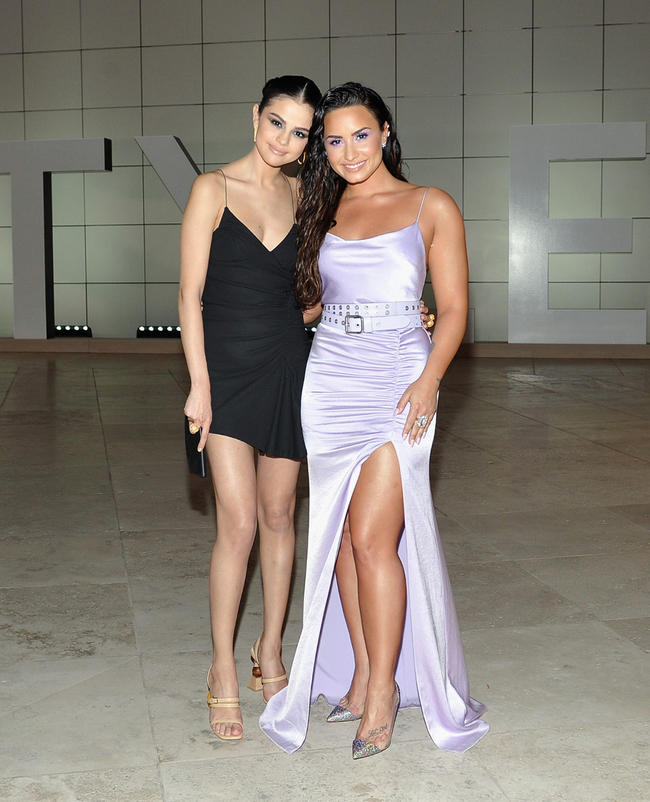 Selena Gomez and Demi Lovato hang out at the InStyle Awards.