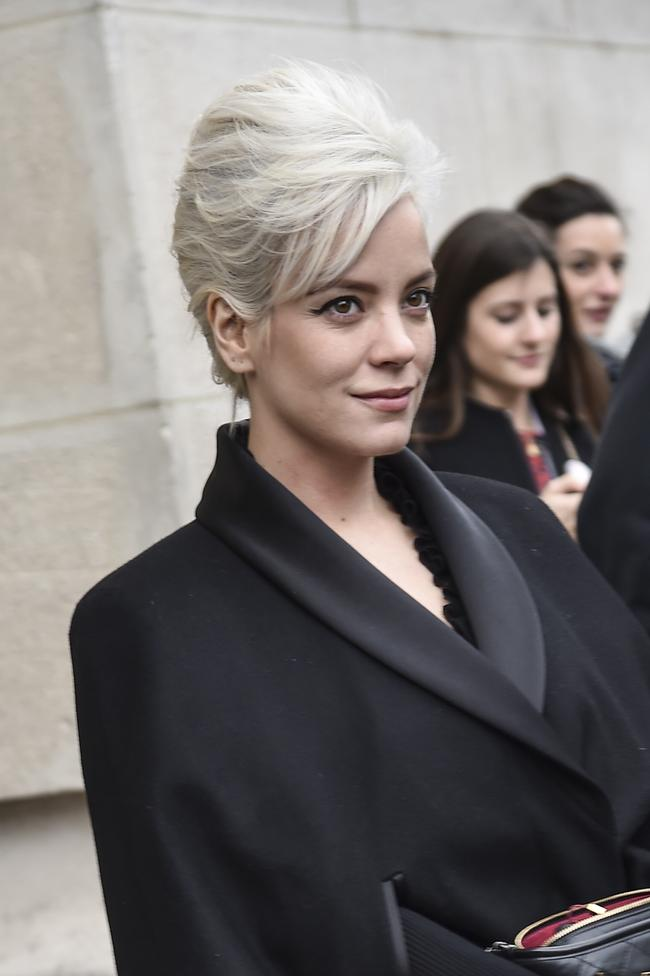 Lily Allen attends the Chanel show during Paris Fashion Week Womenswear Fall/Winter 2017/2018 on March 7, 2017 in Paris, France