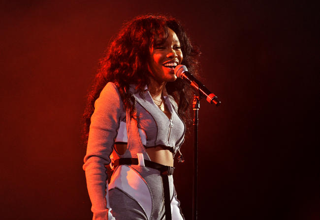 SZA performs in 2017