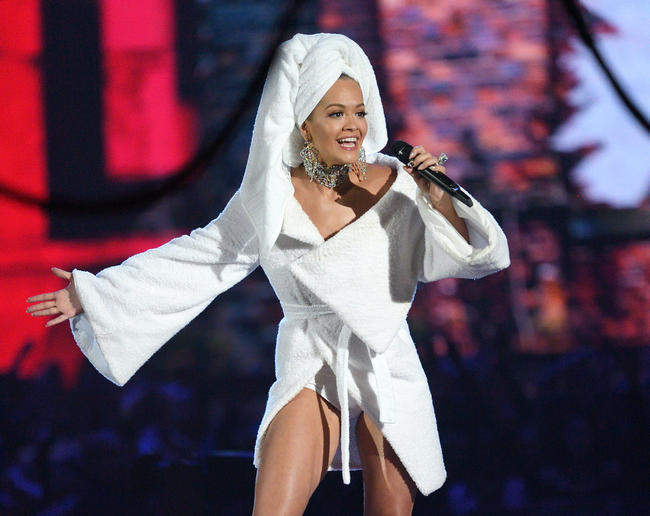 Rita Ora hosts the 2017 MTV EMA in London, November 2017