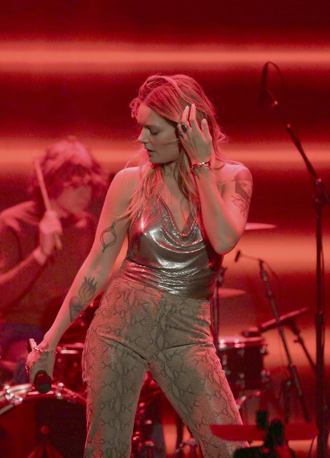 Musical Guest Tove Lo performs 'Disco Tits' on The Tonight Show Starring Jimmy Fallon on November 14, 2017
