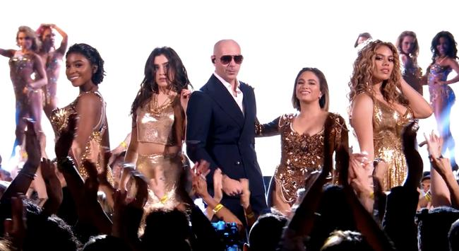 Fifth Harmony and Pitbull performing 'Por Favor' on Dancing With The Stars, 2017
