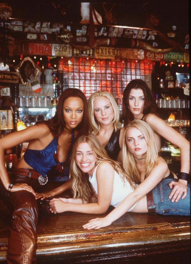 The cast of Coyote Ugly in 2000