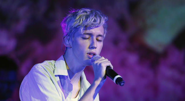 Troye Sivan performing at the 5th Anniversary of Capitol Congress