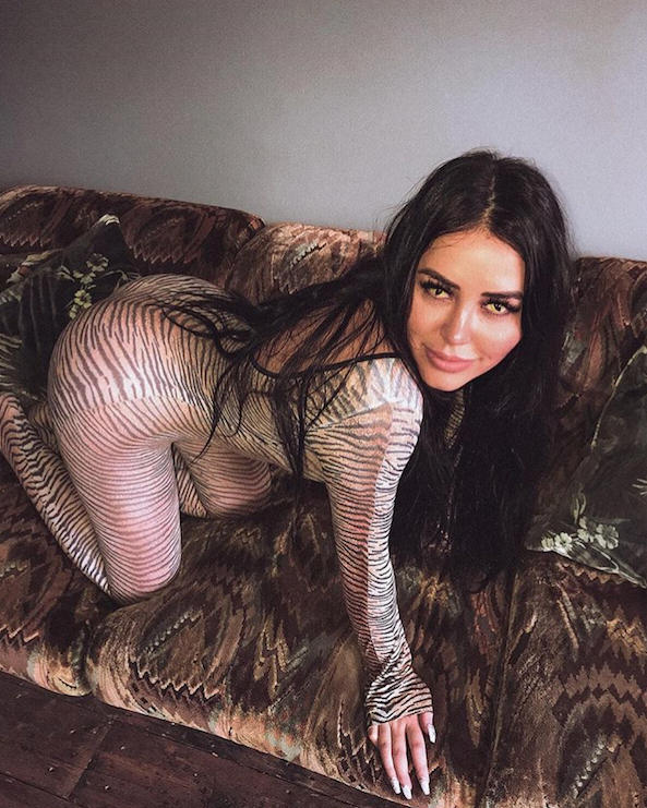 Marnie Simpson dresses up for Halloween 2018 on Instagram