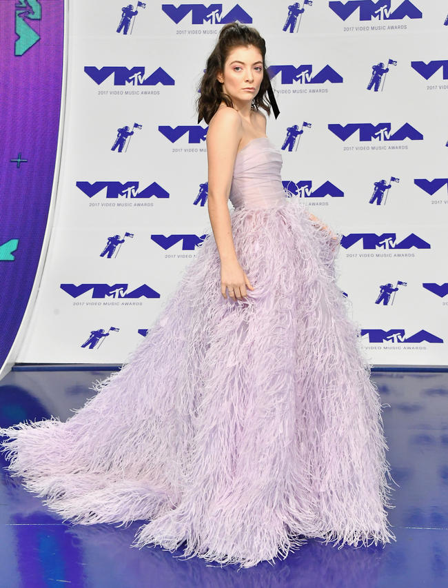 Lorde attends the 2017 MTV Video Music Awards in August 2017 in Los Angeles, California