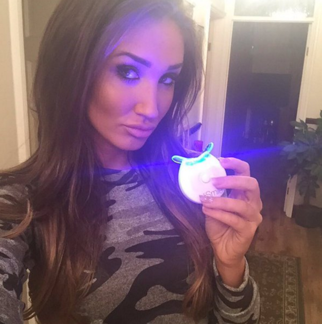 Tooth Whitening Gadgets And Products Loved By Celebs Mtv Uk