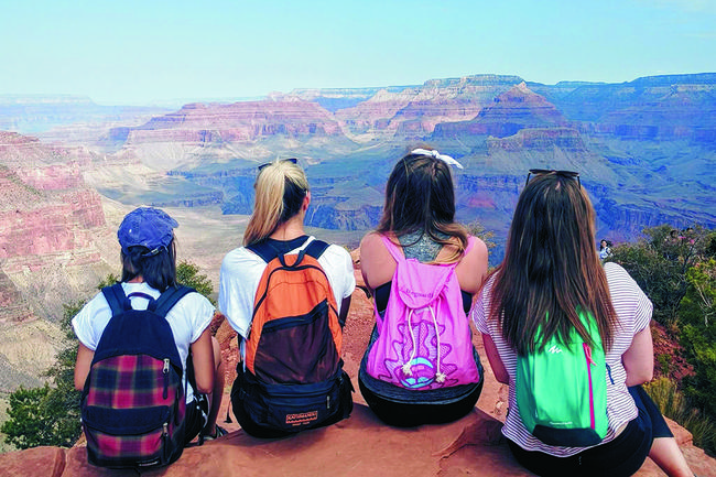 6 Reasons Why You Should Group Trip Your Way Through America