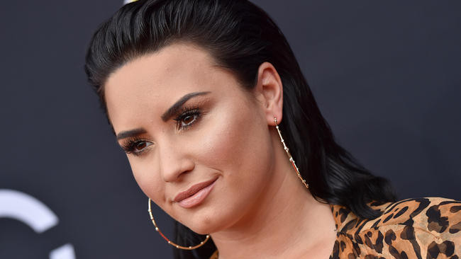 Demi Lovato Agrees To Enter Rehab