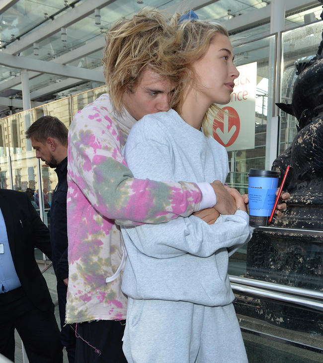 Family Member CONFIRMS Hailey Baldwin And Justin Bieber Are Already Married