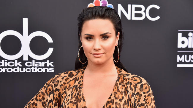 The special meaning behind Demi Lovato's tiny new finger tattoo