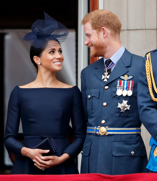 Prince Harry, Meghan Markle's private jet struck by lightning on their way to Amsterdam