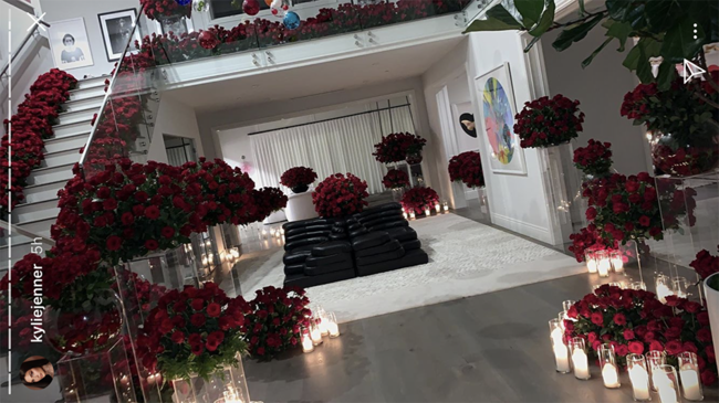 Kylie Jenner shares images of roses from Travis Scott