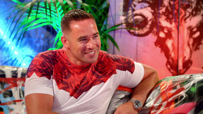 Kieran Hayler goes on Just Tattoo Of Us to get Katie Price tattoo removed