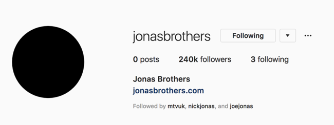 Jonas Brothers are set to reunite and fans are losing their damn minds